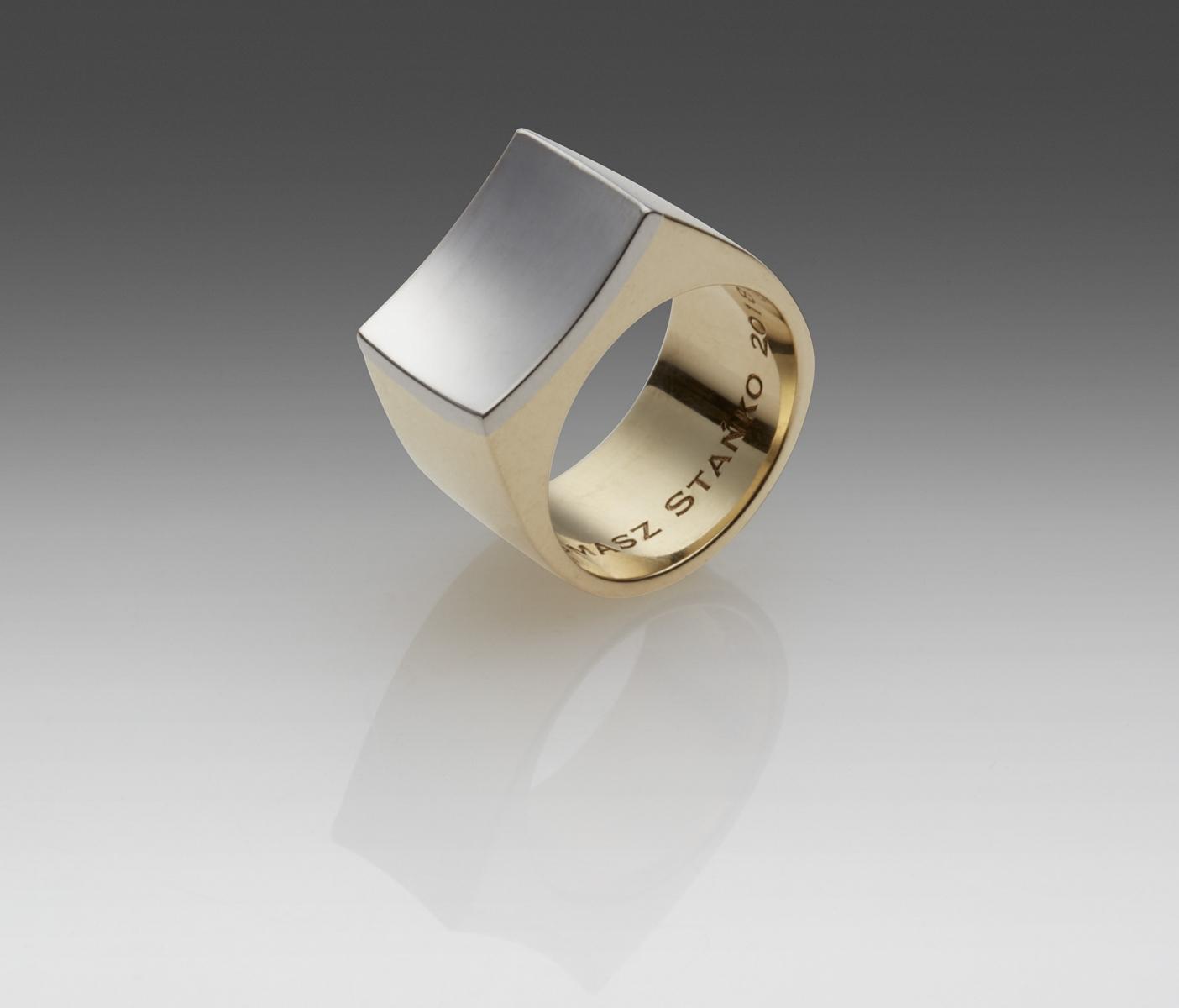 Pierścień, platyna i złoto  /  platinum and gold ring